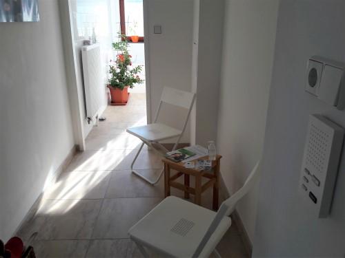 Bild des Vorzimmers mit Wartebereich